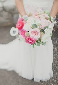 pink wedding bouquet ideas brides
