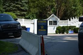 15 old house lane chappaqua fire contained at bill hillary clinton s chappaqua compound