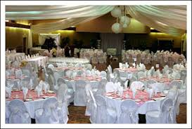 colour themes for nigerian wedding bride ca decor tips lost in colour