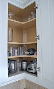 how to organize corner kitchen cabinets organize corner kitchen cabinet page 1 line 17qq