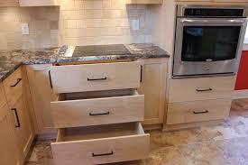donne meuble cuisine cuisine donne meuble cuisine avec marron couleur donne meuble