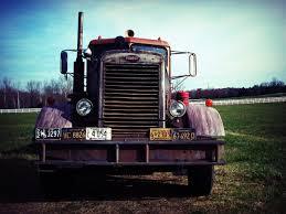 kenworth vs peterbilt 351 peterbilt cool inspire pinterest peterbilt tractor and