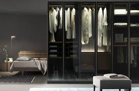 armadio con ante in vetro armadio anta battente es di rossetto