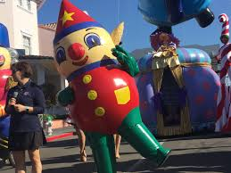 universal orlando resort s holidays celebration begins today