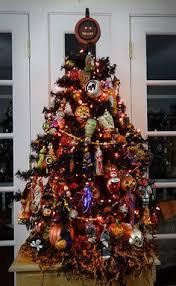 tree i need to buy cheap ornaments from the dollar