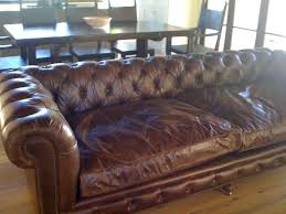 Distressed Leather Sofa by The 25 Best Distressed Leather Couch Ideas On Pinterest