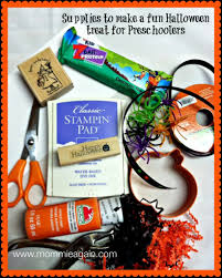 halloween goody bag ideas for toddlers easy halloween treat bag for preschoolers u0026 toddlers forever