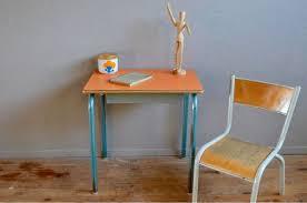 bureau enfant retro bureau pupitre enfant chaise clasf