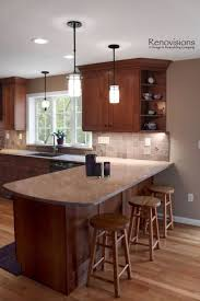 Tile Backsplashes For Kitchens by Best 25 Cherry Cabinets Ideas On Pinterest Cherry Kitchen