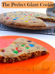 giant cookie cake 2 1 2 cups all purpose flour 1 2 tsp baking