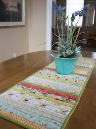 easy diy quilt table runner table runner tutorial diy sewing