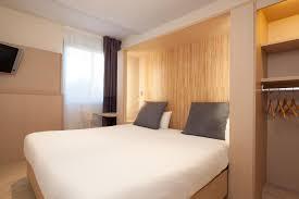 hotel a nimes avec dans la chambre b b hôtel nîmes ville active nîmes tarifs 2018