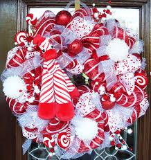christmas candy came wreath mi casa pinterest wreaths deco