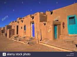 taos pueblo native american community adobe homes taos new mexico