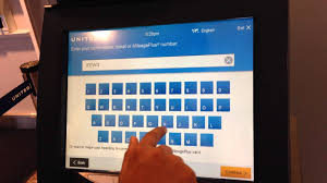 first attemot to check in at a united airlines kiosk youtube
