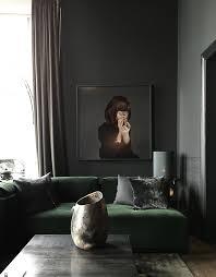 inspirerande i köpenhamn copenhagen green velvet sofa and green