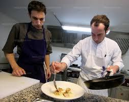 metier de cuisine grenoble après les cuisines étoilées l isérois cyrille rougé se