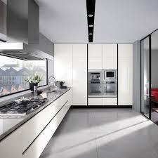Gloss - White gloss kitchen cabinets