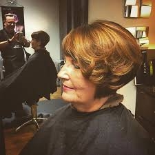 30 chic and classy short hairstyles for women over 50