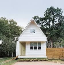 Modern Tiny Home by Modern Tiny House Facade Little Home Pinterest Modern Tiny