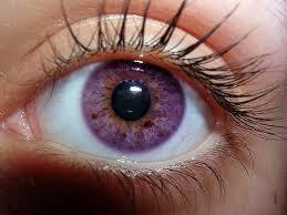 purple eye color no spoilers emilia clarke with her true violet eyes gameofthrones