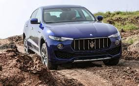 maserati levante blacked out comparison maserati levante s 2017 vs bentley bentayga base
