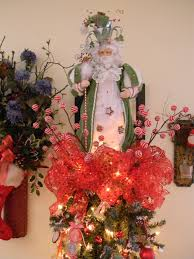 jazzing up your tree with a decorative christmas tree topper