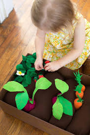 Pinterest Garden Crafts Diy - introduce gardening to your kids with this fun and safe diy felt