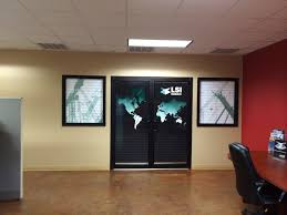 wall murals maximize your advertising bring life to your walls make a statement and wrap your doors