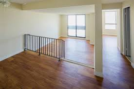 Laminate Flooring Hamilton Ontario Bay 200 Apartments Homestead