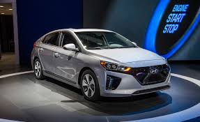 hyundai compact cars hyundai u0027s 250 mile ev arrives by 2020 u2013 news u2013 car and driver