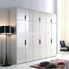 Closet Door Manufacturers Closet Sliding Door Wardrobe Closet Create A New Look For Your