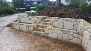 building a garden bed retaining wall 28 images best 25 raised