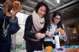 college halloween parties boo who halloween decorating at cumc columbia university