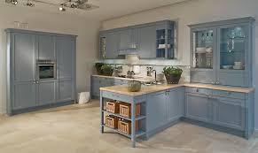 cuisine couleur bleu gris meubles cuisine bleu gris idées de décoration capreol us