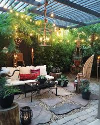 outdoor livingroom best 25 outdoor living rooms ideas on patio outdoor
