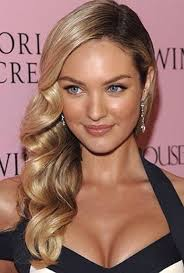 how to curl loose curls on a side ethnic hair best 25 one side hair ideas on pinterest loose bun hairstyles