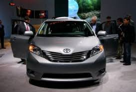 toyota sienna vsc light meaning 2011 toyota sienna like a venza but with interior space