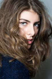 best air dry hair cuts the owner s manual for naturally wavy hair stylecaster