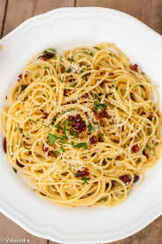 spaghetti alla siciliana recipe dried tomatoes garlic and pasta