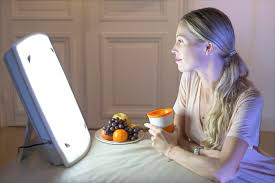 7000 lux bright white light midday light therapy may improve depressive symptoms in patients