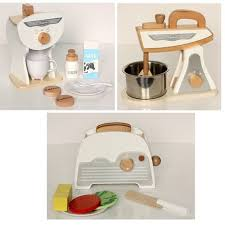 Best Kids Play Kitchen by Best 25 Toy Kitchen Accessories Ideas Only On Pinterest Wooden