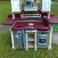 Step Two Play Kitchen by Best Step 2 Kids Play Kitchen Some Stickers Are Peeling And The