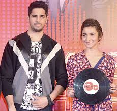 Sidharth Malhotra OPENS UP about living in with Alia Bhatt  Bollywood Life