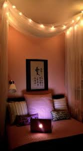 Ceiling Lights Bedroom by Hang A Curtain Behind A Bed With String Lights Im A Huge Fan Of