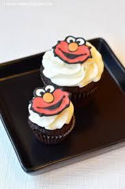 elmo cupcakes i heart baking elmo cupcakes chocolate cupcakes with