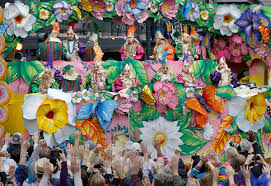 mardi gras throws annual mardi gras parade held in new orleans