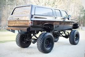 chevy lifted picture gallery lifted chevy suburban 2500 rock crawler
