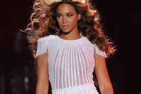 blouse pops open beyonce suffers major wardrobe malfunction on stage as