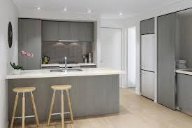cuisine en bois gris cuisine bois gris clair blanc photos de design d int rieur et